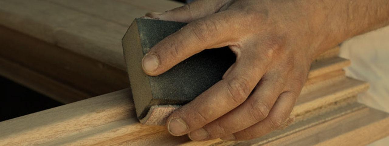 Manutenzione travi in legno, tettoie, gazebo per giardini a Verona